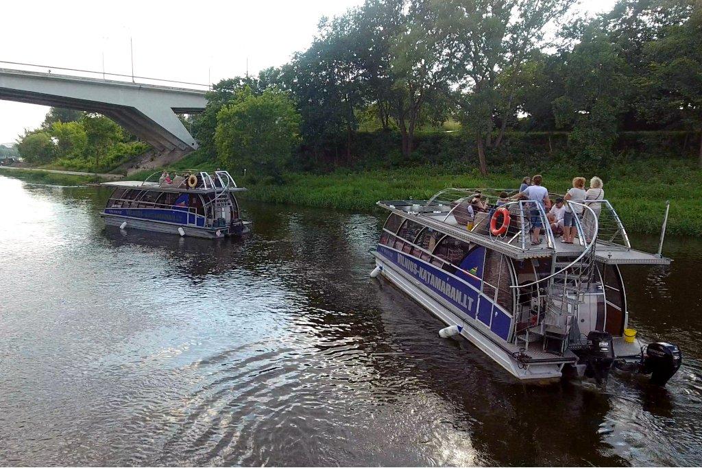 Plaukimas laivu Nerimi